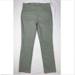Gloria Vanderbilt Sage Straight Pull-on Pants 12